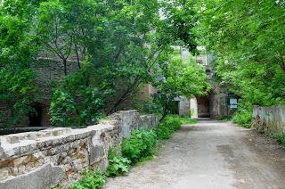 Клевань. Замок Чарторыйских. XV в. Въезд в замок по мосту