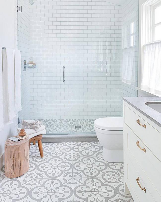 beyaz banyo zemin fayansları