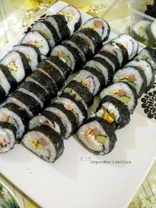 Homemade sushi yang sangat mudah