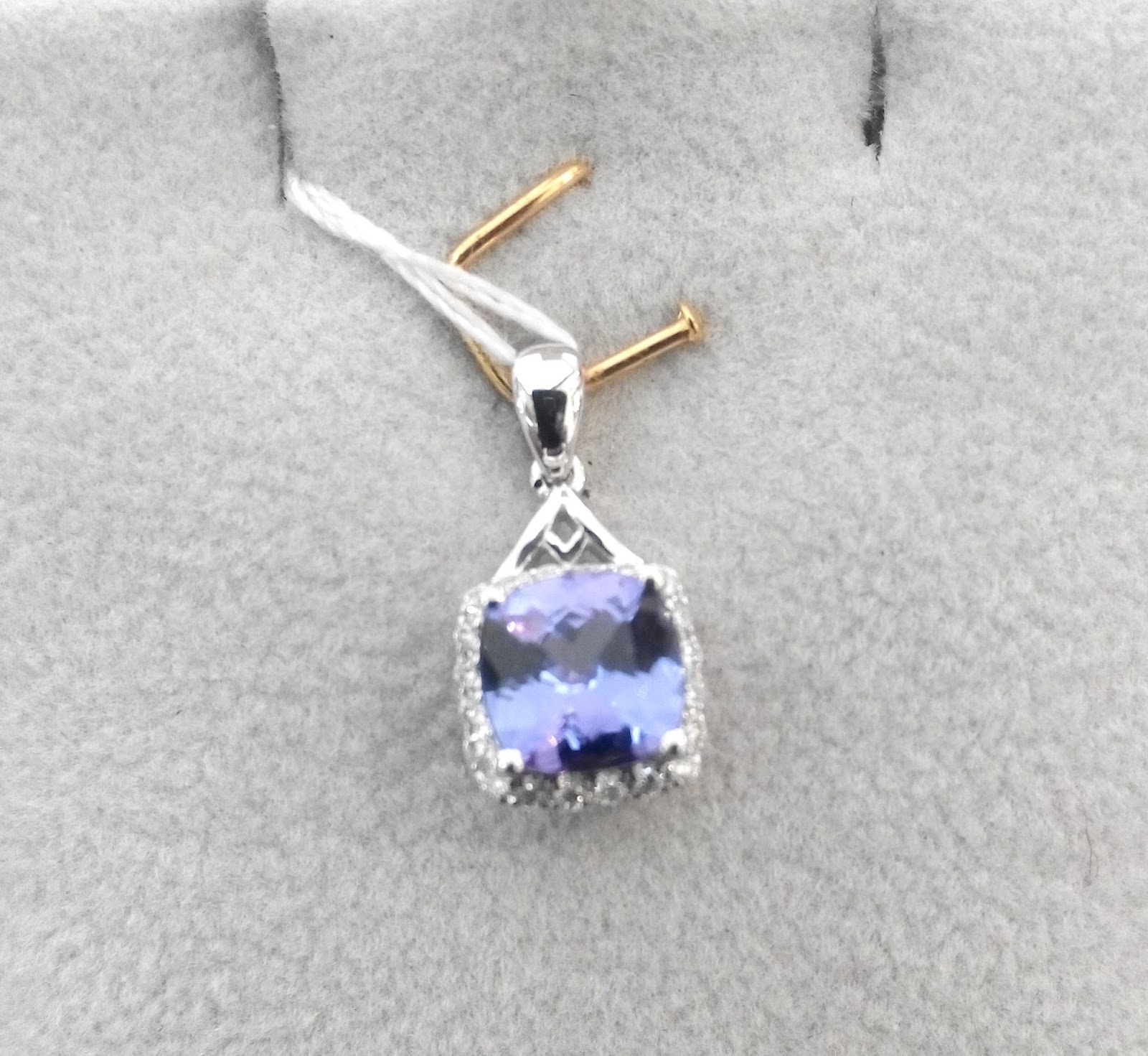 necklace ksvhs diamond investment large tanzanite round k jewellery gold grade modern cute