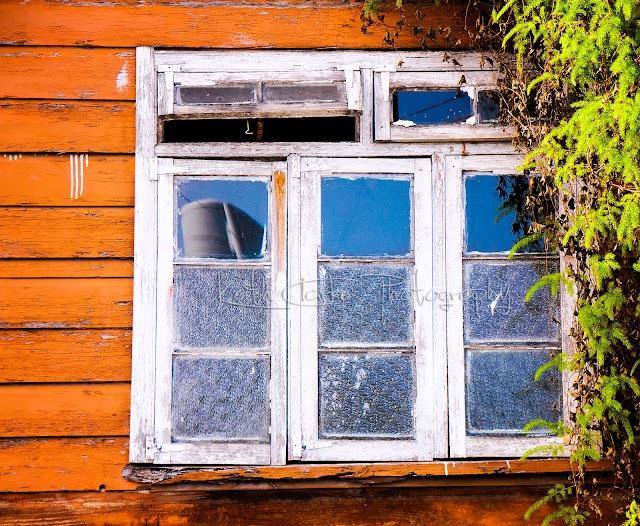 Old Fashion Glass Window