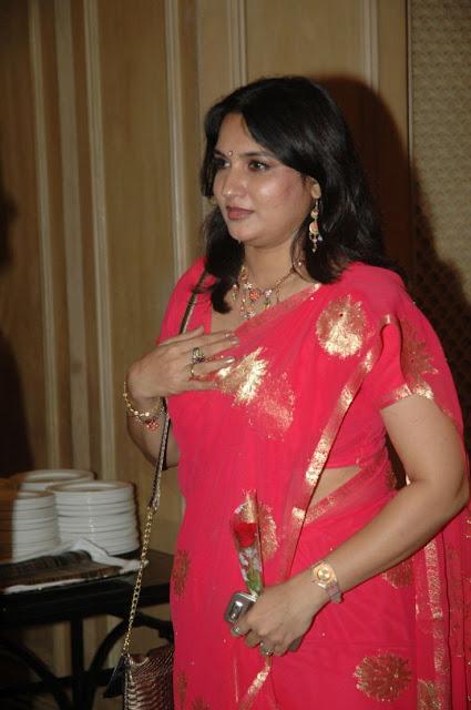 Old Actress Sukanya Latest Hot In Red Saree Photos  Film -6149