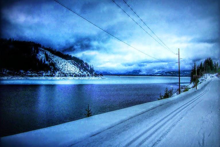 Keechelus Lake at Hyak Sno-Park At Snoqualmie Pass