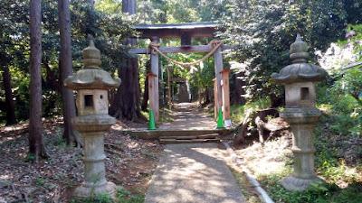 町田市の金井八幡神社 鳥居