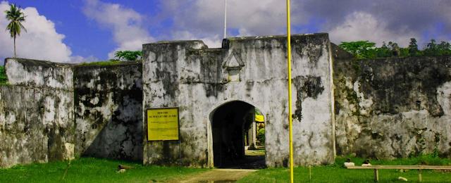 Tempat Wisata KEPULAUAN SULA yang Wajib Dikunjungi  Tempat Liburan 12 Tempat Wisata KEPULAUAN SULA yang Wajib Dikunjungi (Provinsi Maluku Utara)