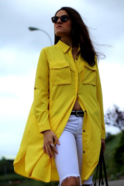 Túnica amarilla