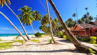Pantai Gugusan Pulau Banyak