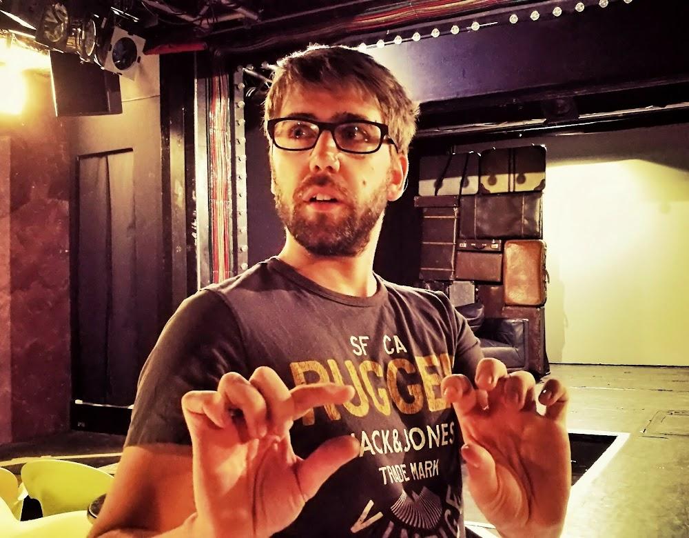 Shape your City - Dustin Smailes, Musicaldarsteller, Regisseur und Netzwerker für Nachwuchskünstler