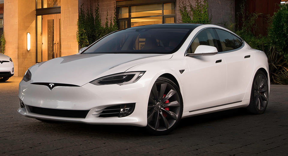 tesla s upcoming update to allow model s p100d run the quarter mile in 10 6 seconds. Black Bedroom Furniture Sets. Home Design Ideas