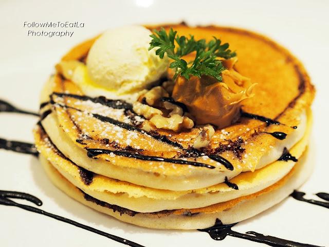 Chocolate Marble Pancake RM 15.45 (2 pcs) RM 17.70 (3 pcs)