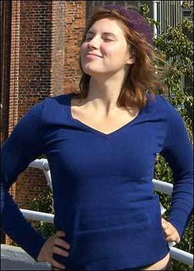 Amanda Knox Hot Pictures