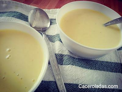 Crema ligera de calabacín al curry