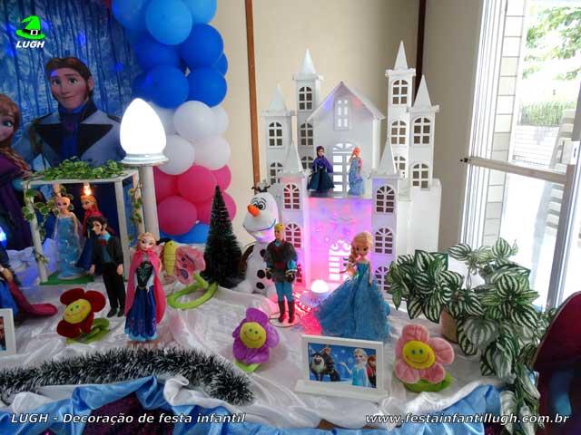 Decoração de mesa de aniversário Frozen