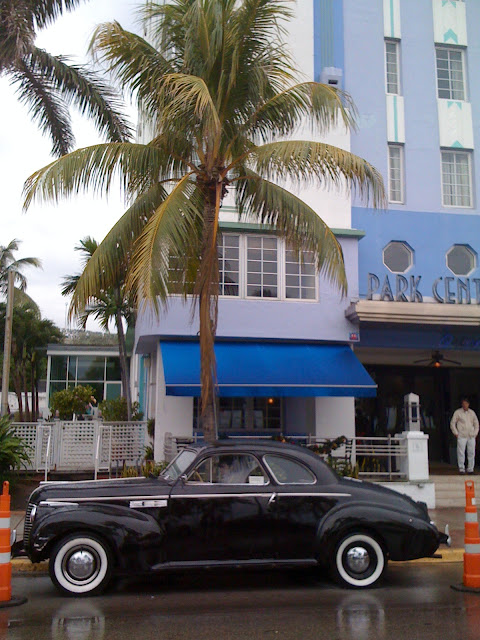 Art Deco Tour in South Beach