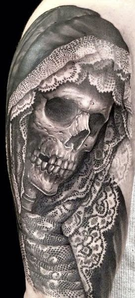 Tatuaje de la Santa muerte mexicana