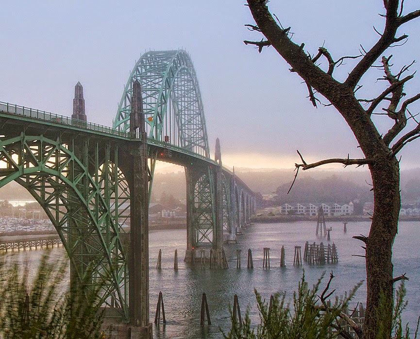 Yaquina Bay Bridge, Oregon, USA