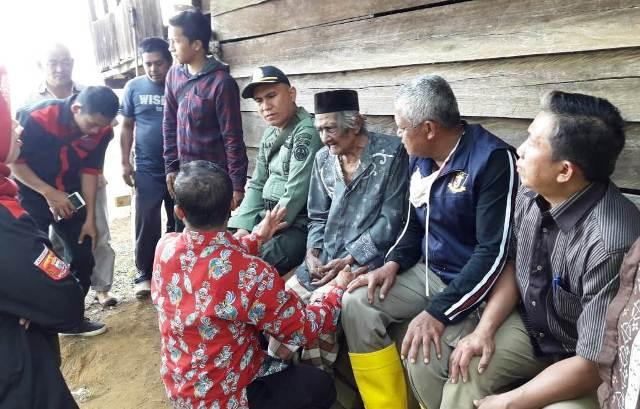 'Mbah Roh' Kakek Terlantar, Dibawa Pulang ke Situbondo