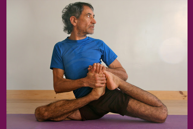 Mỗi ngày một tư thế Yoga || 55 Tư thế dâng lên nhà hiền triết Vamadeva