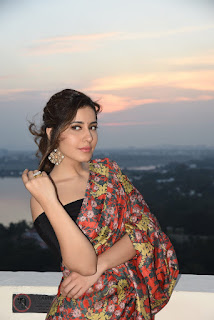 Raashi Khanna Looks Simple & Elegant In Saree
