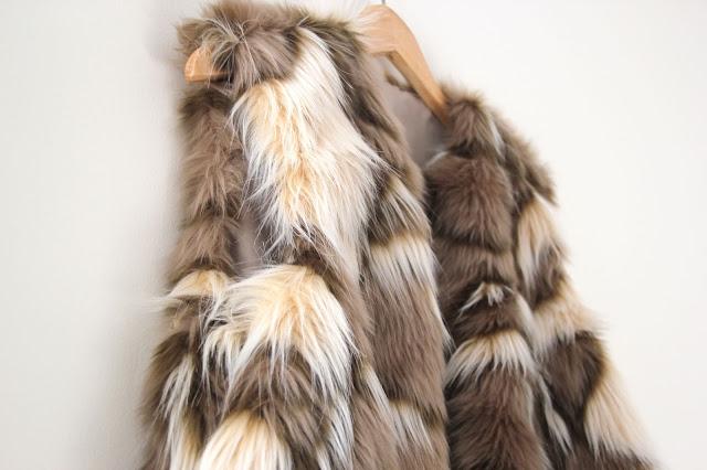 DIY Tutorial: Como hacer chaleco de pelo (patrones gratis)