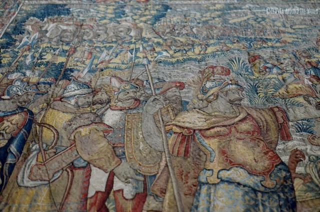 Detalle de uno de los tapices