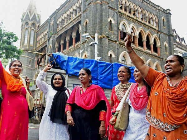 ஹாஜி அலி தர்காவுக்குள் பெண்கள் வழிபடலாம்'... உயர்நீதிமன்றம் உத்தரவு