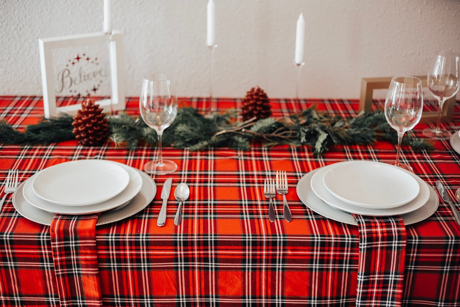 Red Plaid Christmas Table Decor