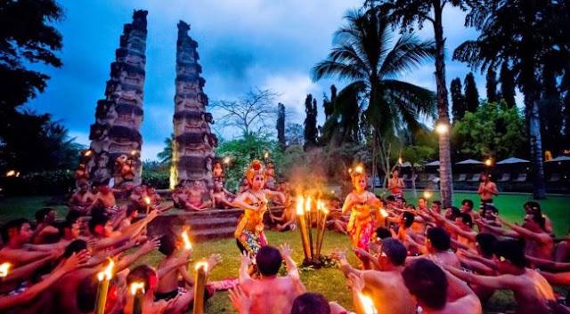 Perbedaan Tari Kecak dan Tari Barong Bali