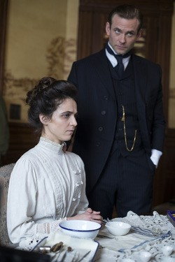 The Knick - Season 1 Episode 01: Method and Madness
