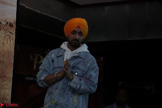 Anushka Sharma with Diljit Dosanjh at Press Meet For Their Movie Phillauri 061.JPG