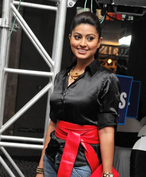 Unseen Tamil Actress Images Pics Hot: Actress Soudamini