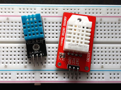 Module cu senzor DHT11 (stânga) și AM2302/DHT22 (dreapta)