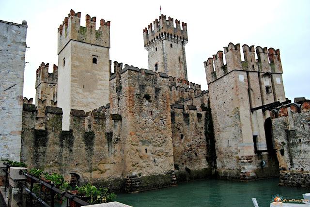 Castello di Sirmione, Sirmione, castello scaligero, Weekend sul Lago di Garda. lago di garda, garda, cosa vedere a brescia, cosa vedere sul garda, amazingbrescia, cosa vedere a sirmione