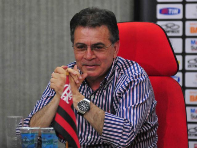 Ex-Grêmio e Flamengo é procurado para assumir departamento de futebol do Vitória. 1