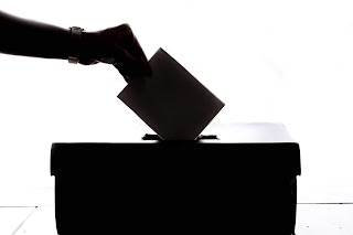 Medsos Dinonaktifkan Gara-Gara People Power! Ada Apakah Dengan Demokrasi?