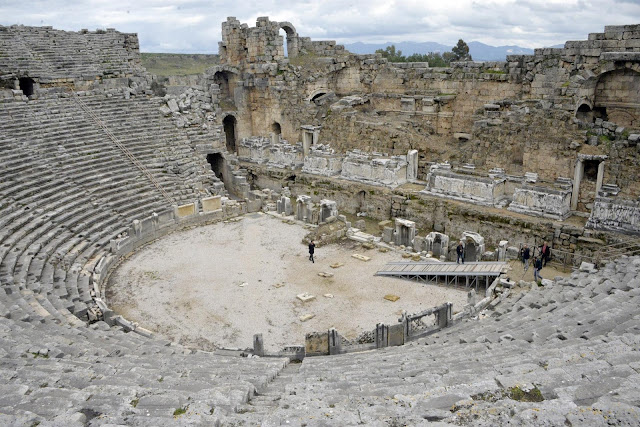 Ancient theatre in Perge to be restored