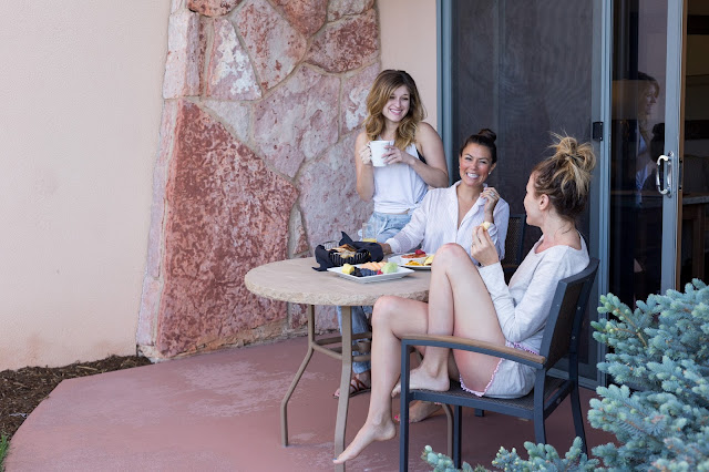 girl's weekend - Girls Getaway at Garden of the Gods Club by Colorado lifestyle blogger Eat Pray Wear Love
