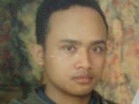 Profil direktur utama artikelngawuryes.blogspot.com