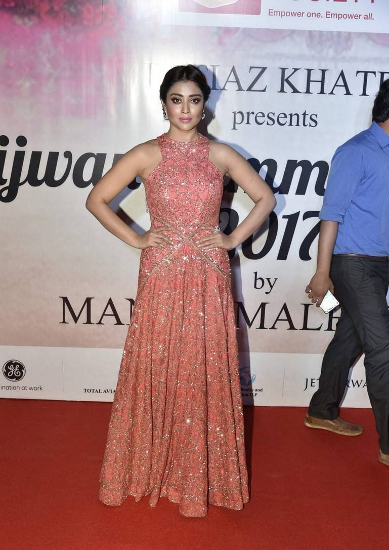Shriya Saran In Pink Long Gown At Mijwan Summer 2017
