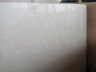 Marmer Ujung Pandang New Crema Marvil