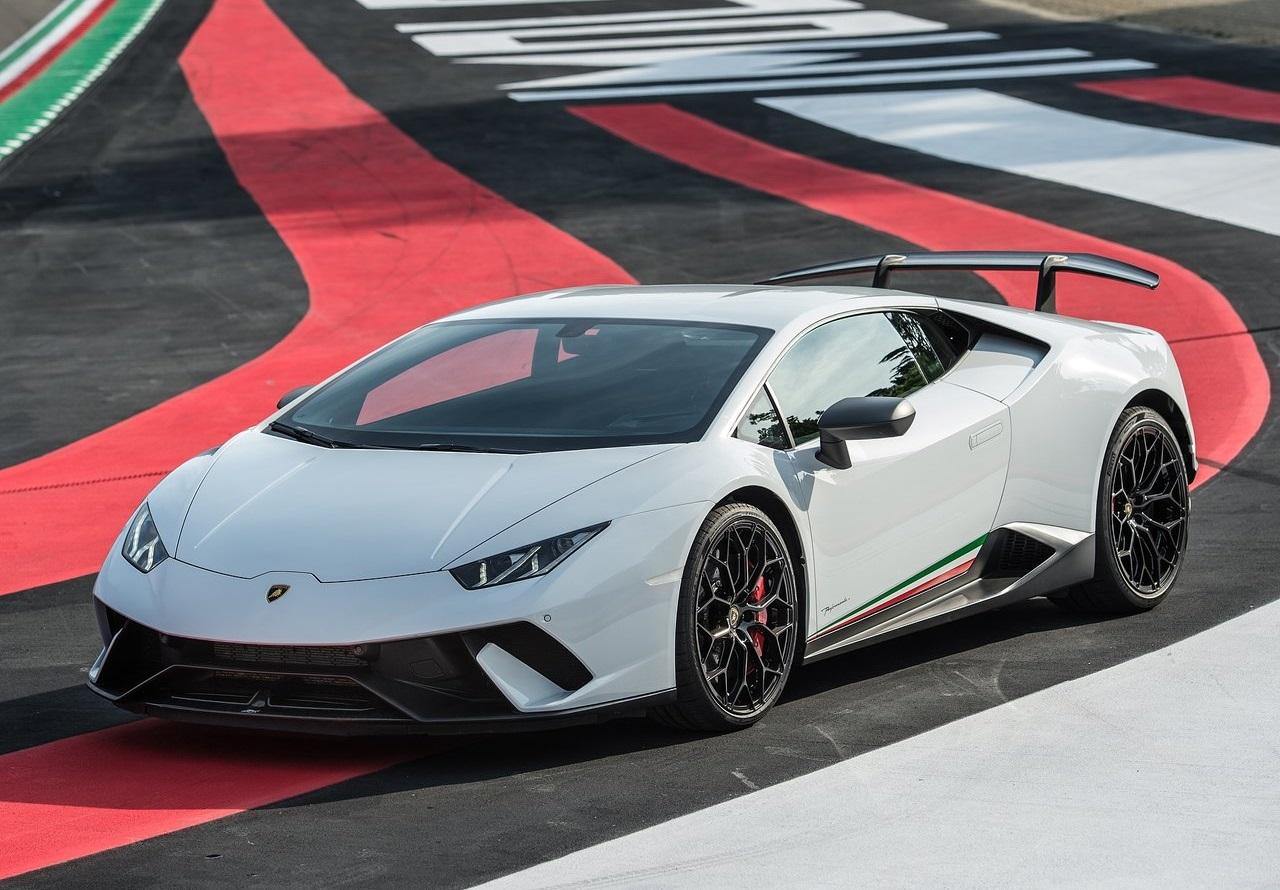 2018-2019 Lamborghini Huracan Performante Details - CAR DETAILS d24248845