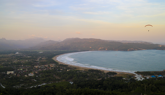 Panorama Khas di Sentono Gentong
