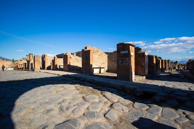Strada verso il Foro-Scavi di Pompei