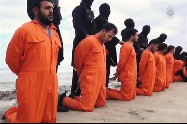 VÍDEO!! Vinte e um cristãos ficam de joelho e são executados por não negar Jesus