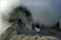 http://sciencythoughts.blogspot.co.uk/2015/12/explosive-eruption-on-mount-turrialba.html
