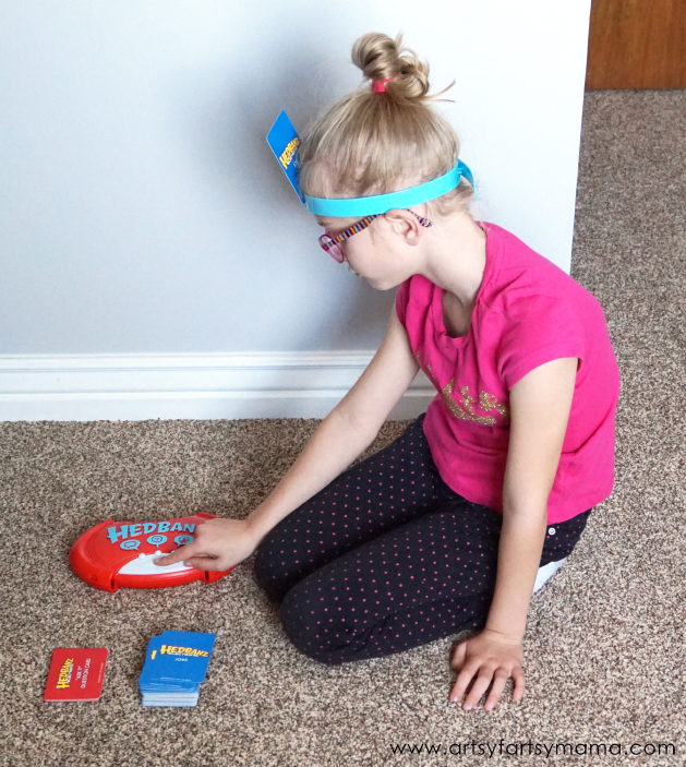 Family Game Night with Hedbanz Electronic #HedBanzElectronic #CG