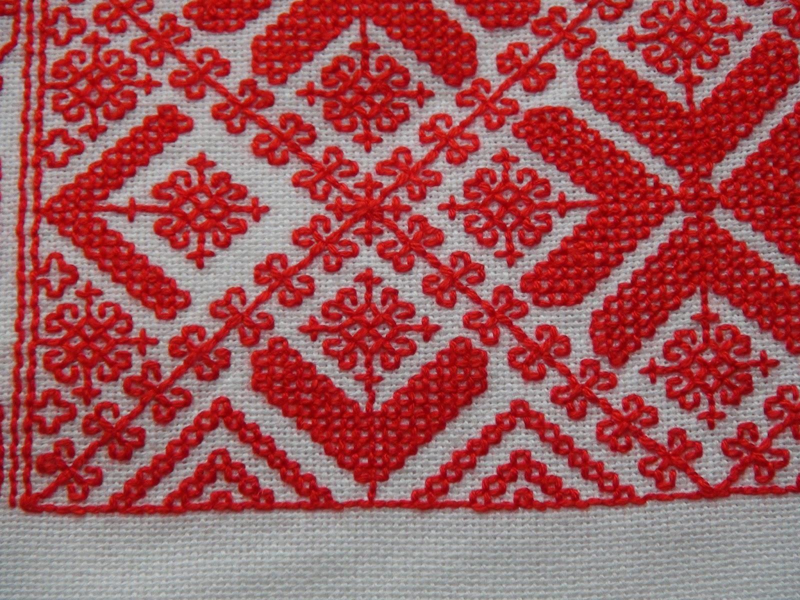 схема рисунка на старинном полотенце