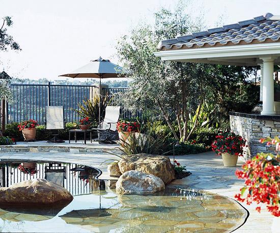 Pool Tour: Backyard-Turned-Paradise   home appliance