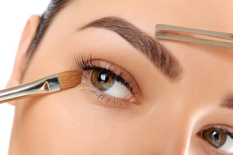 Saiba tudo sobre correção de sobrancelhas