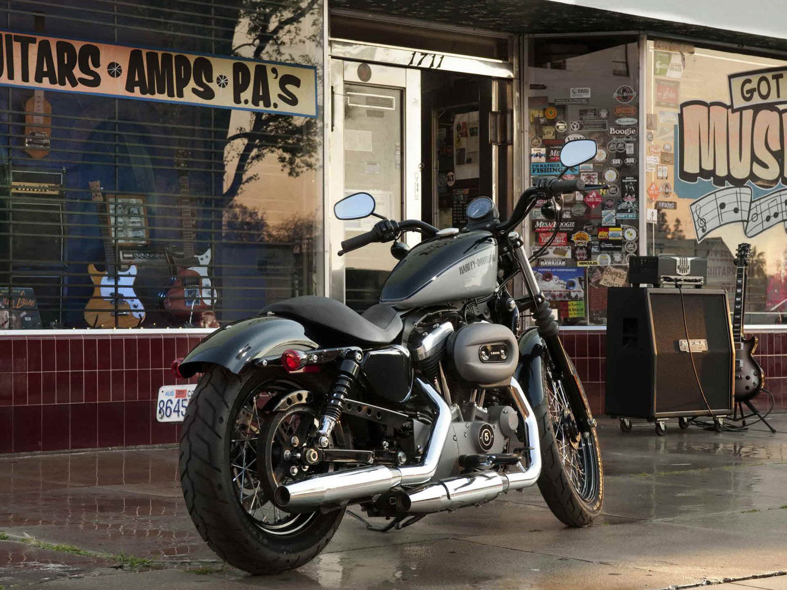 2012 harley-davidson xl1200n nightster pictures, review, specs